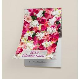 Calendar de perete cu motiv floral