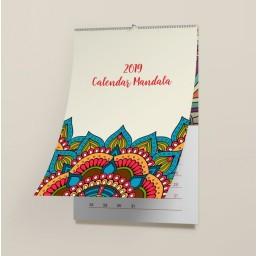 Calendar de perete personalizat 2019